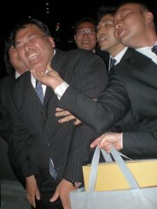 2011_04160038