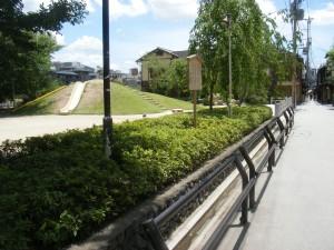 2011_06240087